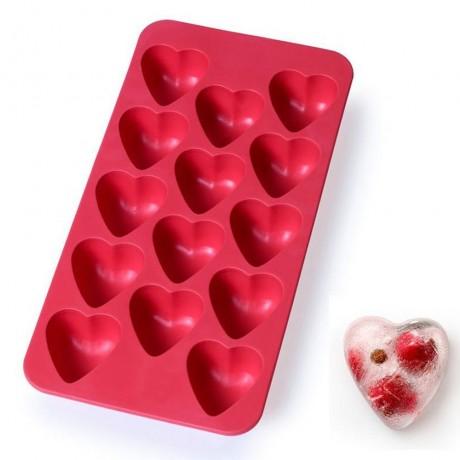 Червена силиконова форма за лед - сърчица