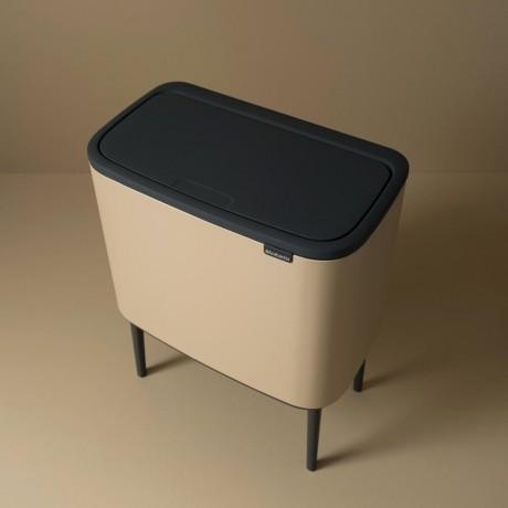 11 + 23 л. кош в цвят минерално сахара Brabantia серия Bo Touch