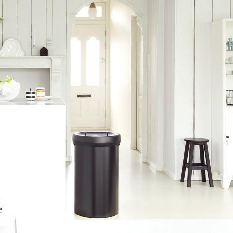 60 л. матирано черен кош за големи отпадъци Brabantia серия Big Bin