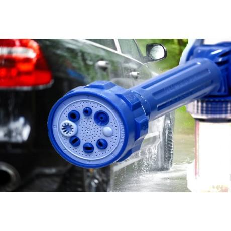 Воден пистолет с резервоар за препарат