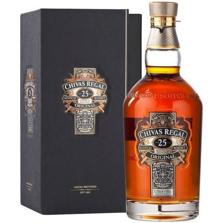 Уиски Чивас Регал 25 годишен 0.7 л