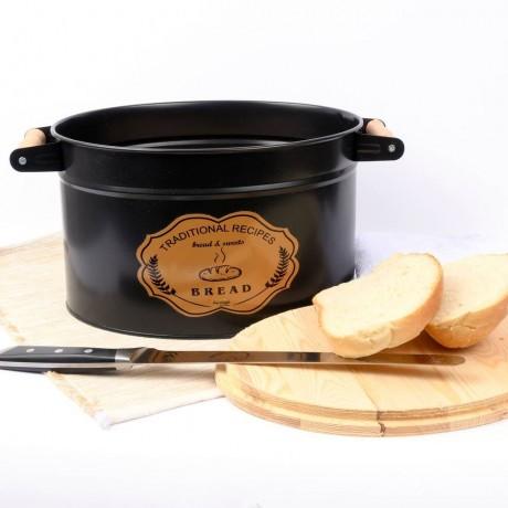 Черна винтидж метална кутия за хляб с дръжки и дъска за капак